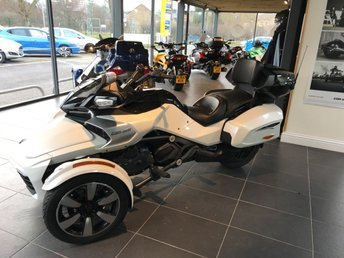 View our CAN-AM SPYDER