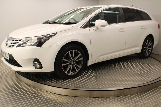 USED 2012 62 TOYOTA AVENSIS 2.0 TR D-4D 5d 124 BHP