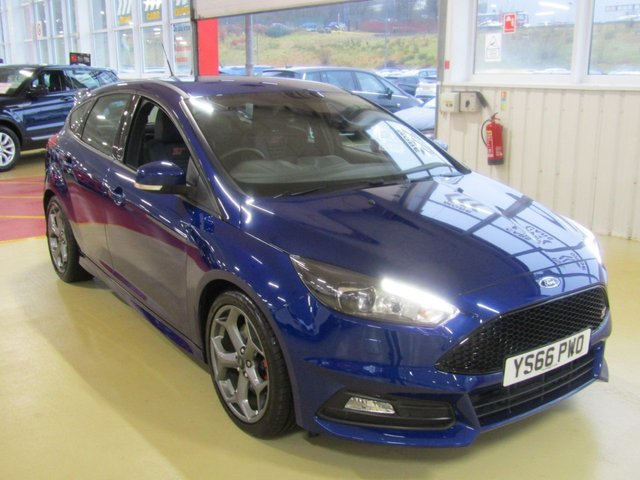 View our 2016 66 FORD FOCUS 2.0 ST-3 TDCI 5d 183 BHP (91)