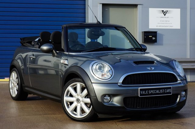 2010 59 MINI CONVERTIBLE 1.6 COOPER S (CHILLI PACK)