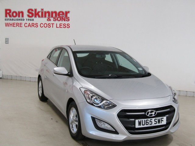 View our 2016 65 HYUNDAI I30 1.6 CRDI SE BLUE DRIVE 5d 109 BHP