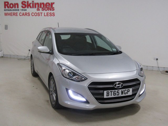 View our 2015 65 HYUNDAI I30 1.6 CRDI PREMIUM BLUE DRIVE 5d 134 BHP