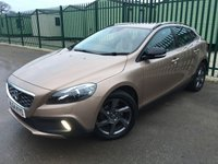 2014 VOLVO V40 1.6 D2 CROSS COUNTRY LUX 5d 113 BHP STOP/START LEATHER FSH £10790.00