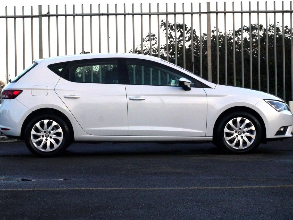 USED 2014 64 SEAT LEON 1.6 TDI SE TECHNOLOGY 5d 105 BHP ZERO ROAD TAX - 74.3 AVG MPG