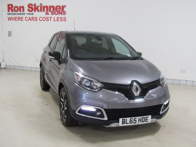 View our 2015 65 RENAULT CAPTUR  (55) 1.5 DYNAMIQUE S NAV DCI 5d 90 BHP with Black Roof