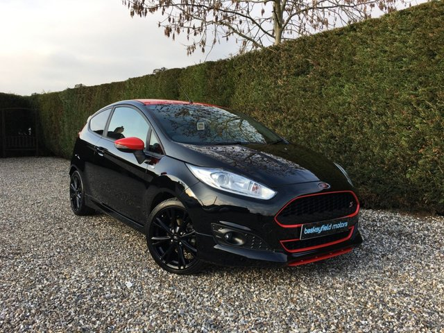 USED 2017 17 FORD FIESTA 1.0 ST-LINE BLACK EDITION 3d 139 BHP