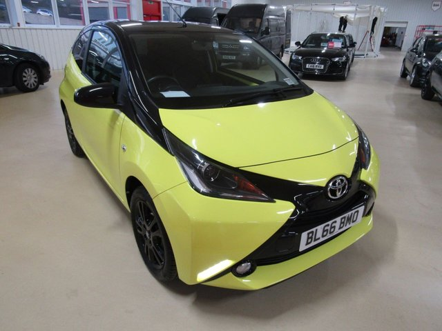 View our 2016 66 TOYOTA AYGO 1.0 VVT-I X-CITE 3 3d 69 BHP