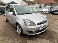 USED 2008 08 FORD FIESTA 1.2 ZETEC CLIMATE 16V 3d 78 BHP COMPREHENSIVE SERVICE HISTORY WITH 8 STAMPS IN THE BOOK