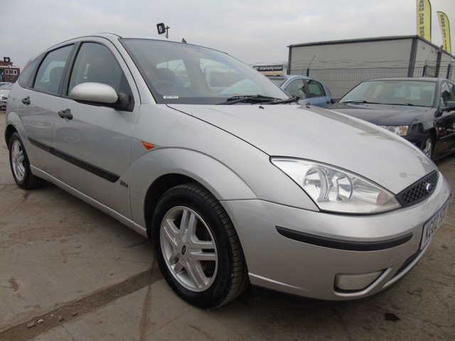 USED 2002 02 FORD FOCUS 1.6 ZETEC FULL SERVICES 14 STAMPS