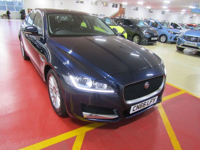 View our 2016 66 JAGUAR XF 2.0 PRESTIGE 4d 177 BHP