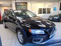 USED 2010 10 VOLVO XC70 2.4 D5 SE LUX AWD 5d AUTO 205 BHP LONG MOT + SAT NAVIGATION + BLUETOOTH + FULL LEATHER SEATS + HEATED FRONT SEATS + ROOF BARS + ALLOYS + CRUISE CONTROL + CLIMATE CONTROL
