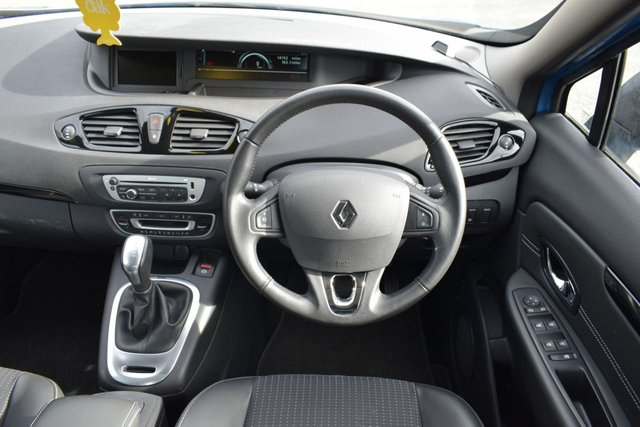 USED 2015 65 RENAULT SCENIC 1.5 DYNAMIQUE NAV DCI 5d AUTO 110 BHP