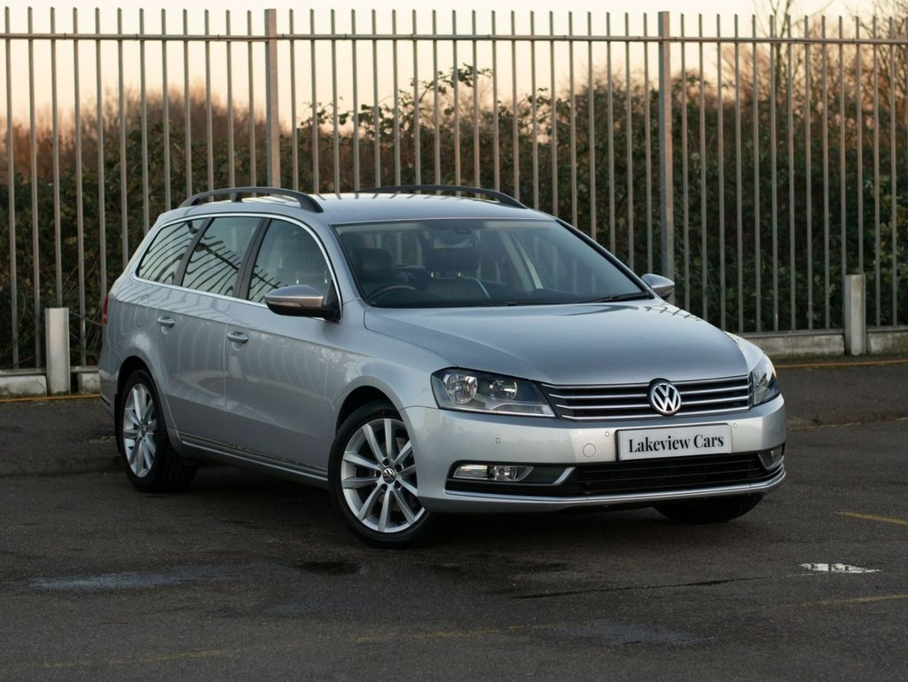 USED 2015 64 VOLKSWAGEN PASSAT 1.6 EXECUTIVE TDI BLUEMOTION TECHNOLOGY 5d 104 BHP