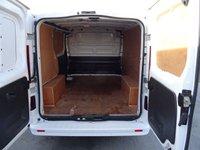 USED 2015 65 VAUXHALL VIVARO 1.6 2700 L1H1 CDTI P/V SPORTIVE 1d 114 BHP VAUXHALL VIVARO SPORTIVE L1 AIR CON PARKING SENSORS