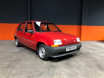View our RENAULT 5