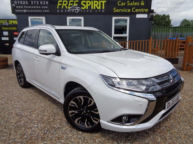 USED 2015 65 MITSUBISHI OUTLANDER 2.0h 12kWh GX4hs CVT 4WD (s/s) 5dr Nav, Rear Cam, Power boot