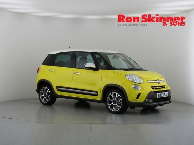 View our 2013 63 FIAT 500L 1.6 MULTIJET TREKKING 5d 105 BHP