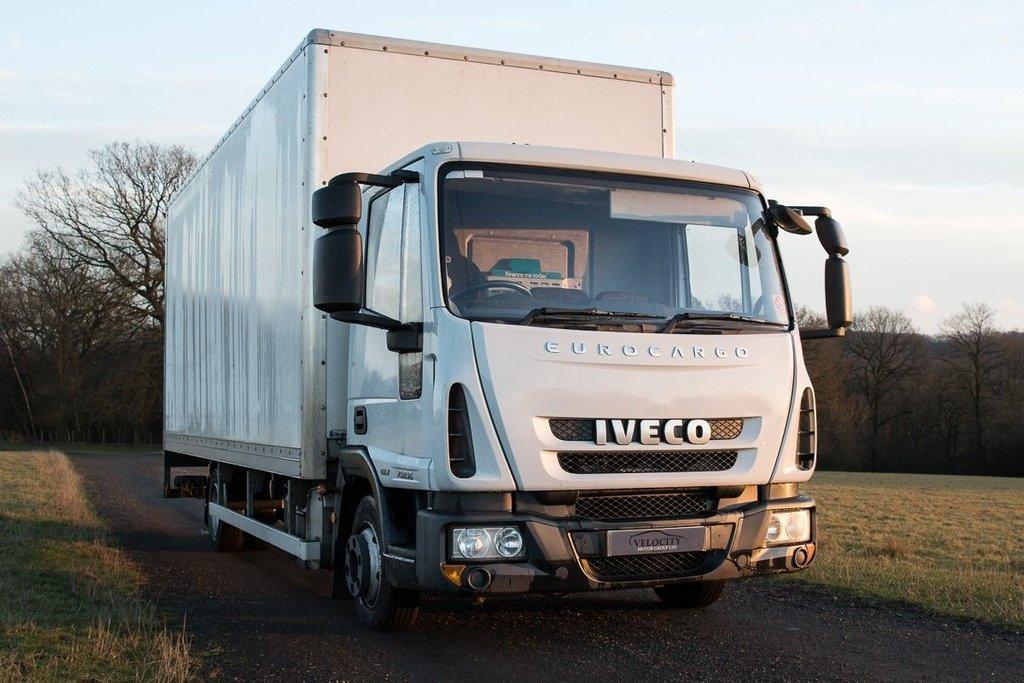b88c711a3883b4 2013 63 IVECO EUROCARGO 3.9 75E16K 7.5T LUTON BOX VAN WAGON WITH TAIL LIFT  AUTO - LOW MILEAGE