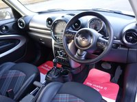 USED 2014 64 MINI PACEMAN 1.6 COOPER 3d AUTO [Chili Pack] ***** 1 Owner Automatic Paceman Cooper *****