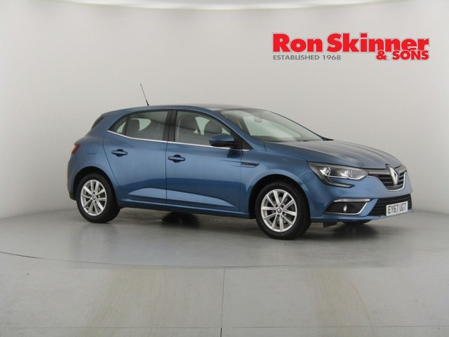 View our 2017 67 RENAULT MEGANE 1.2 EXPRESSION PLUS TCE 5d 130 BHP