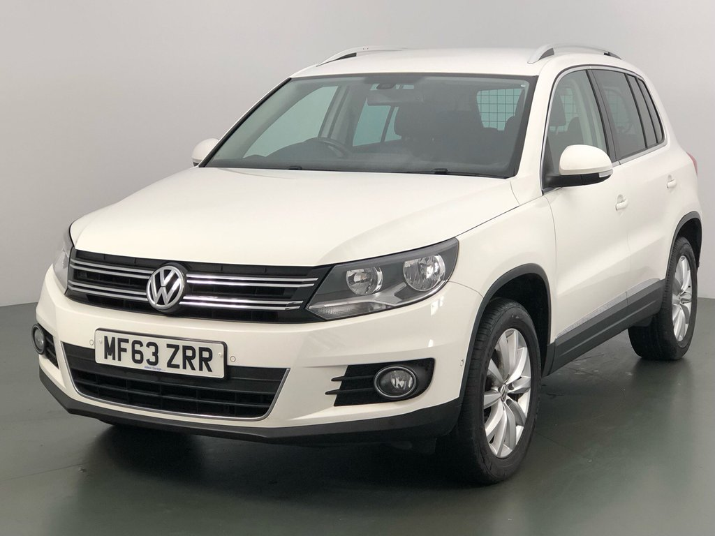 USED 2013 63 VOLKSWAGEN TIGUAN 2.0 MATCH TDI BLUEMOTION TECHNOLOGY 5d 139 BHP