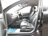 USED 2006 06 VOLKSWAGEN GOLF 3.2 R32 5d 250 BHP LOW MILEAGE FSH LEATHER A/C