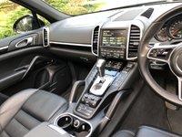 USED 2016 16 PORSCHE CAYENNE 4.1 D V8 S TIPTRONIC S 5d 385 BHP