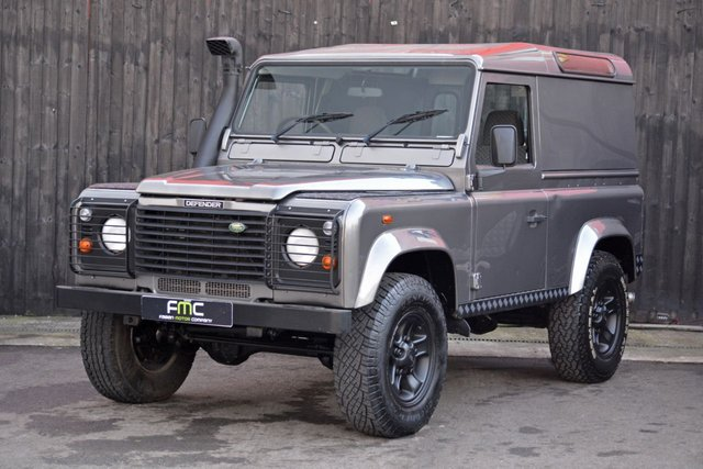 2006 56 LAND ROVER DEFENDER 2.5 90 TD5 COUNTY HARD TOP 1d 120 BHP