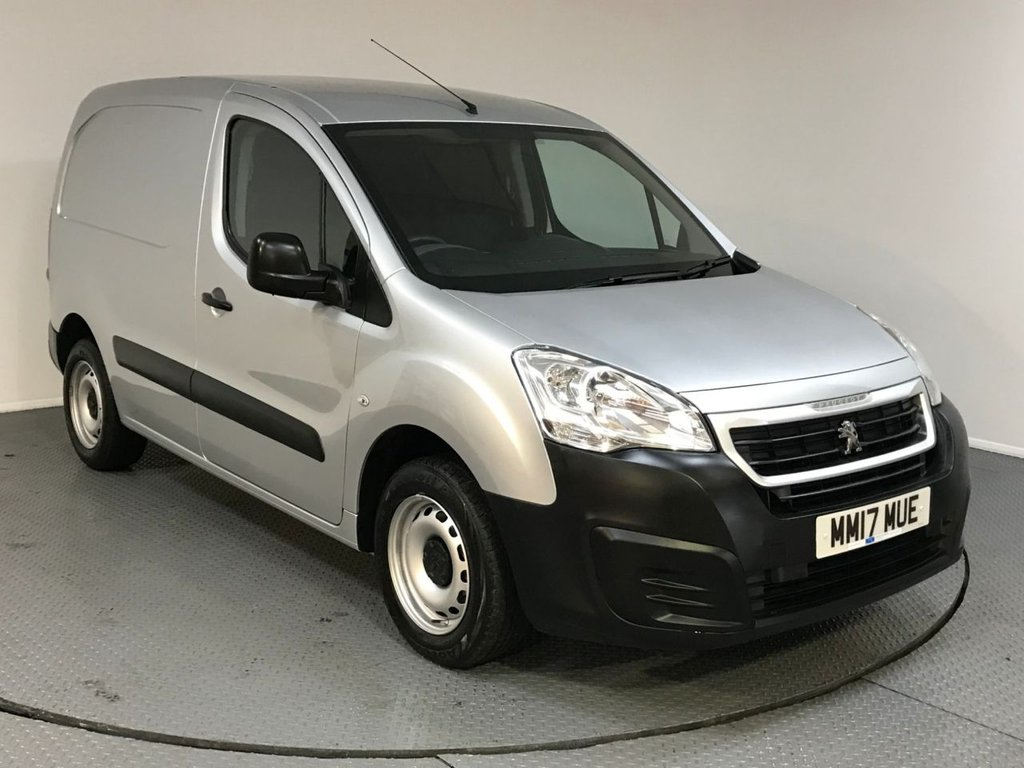 USED 2017 17 PEUGEOT PARTNER 1.6 BLUE HDI SE L1 1d 100 BHP SERVICE HISTORY - ONE OWNER - BLUETOOTH - AIR CON - AUX / USB - CRUISE CONTROL - PLY LINED