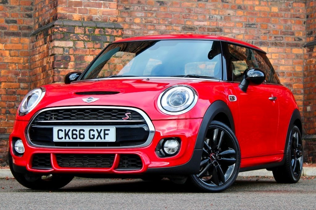 Mini Hatch Cooper 20 Cooper S Works 210 Tech Ss 3dr