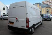 USED 2014 14 RENAULT MASTER 2.3 dCi MM35 Extra Medium Roof Van (FWD) 4dr (MWB) * SAT NAV * AIR CONDITIONING*