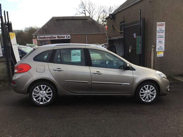 USED 2011 11 RENAULT CLIO 1.1 DYNAMIQUE TOMTOM TCE 5d 100 BHP ++ 12 MONTHS AA BREAKDOWN COVER++