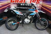 2014 YAMAHA WR YAMAHA WR 125 R ENDURO BLACK WIDOW EXHAUST LOW MILEAGE £3295.00