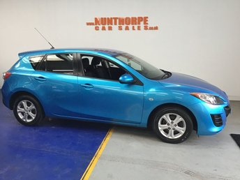 View our MAZDA 3