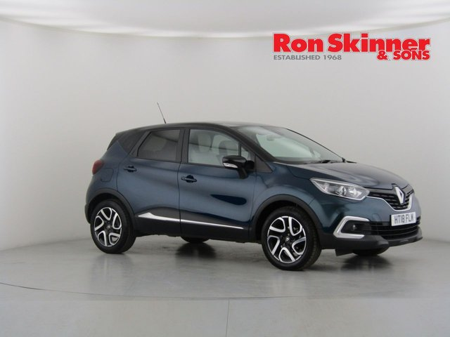 View our 2018 18 RENAULT CAPTUR 0.9 ICONIC TCE 5d 89 BHP with Black Roof