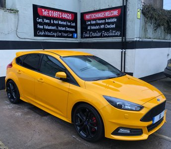 2016 FORD FOCUS ST-3 2.0 TDCi 185 BHP 5DR, NAVIGATION, BLACK STYLE PACK. £16950.00