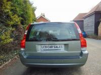USED 2006 06 VOLVO V70  2.4 PETROL SE AUTOMATIC - UK CAR - - FULL SERVICE HISTORY -  ULEZ COMPLIANT **FULL HISTORY - 11 SERVICES**