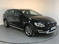 USED 2016 65 VOLVO V60 2.4 D4 CROSS COUNTRY LUX NAV AWD 5d AUTO 187 BHP VOLVO SERVICE HISTORY - 1 OWNER - SAT NAV - FULL LEATHER - REAR SENSORS - BLUETOOTH - AIR CON