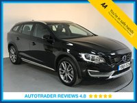 USED 2016 65 VOLVO V60 2.4 D4 CROSS COUNTRY LUX NAV AWD 5d AUTO 187 BHP EURO 6 - VOLVO HISTORY - 1 OWNER - SAT NAV - FULL LEATHER - REAR SENSORS - BLUETOOTH - AIR CON
