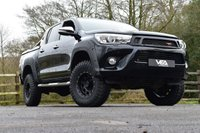 USED 2016 66 TOYOTA HI-LUX 2.4 INVINCIBLE 4WD D-4D DCB 1d AUTO 148 BHP SIMPLY THE ULTIMATE HILUX! FULLY LOADED; LEATHER, SAT NAV, DAB RADIO, REAR SPORTS LID, STYLING BARS, VEA BESPOKE EXTRAS!