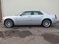 USED 2010 10 CHRYSLER 300C 3.0 CRD SRT 4d AUTO 215 BHP