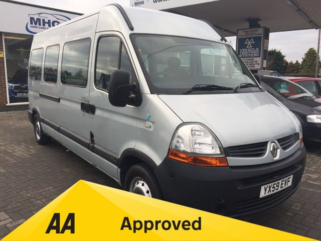 View our RENAULT MASTER T35 2.5D LWB H/R P/V