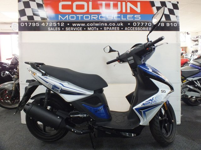 View our KYMCO SUPER 8