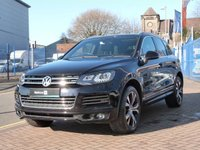 USED 2013 63 VOLKSWAGEN TOUAREG 3.0 V6 R-LINE TDI BLUEMOTION TECHNOLOGY 5d AUTO  PANORAMIC ROOF ~ HEATED STEERING WHEEL ~ MUSIC STREAMING ~ BLUETOOTH ~ DAB ~ SAT NAV ~ FULL VW SERVICE HISTORY ~ HEATED SEATS ~ CRUISE CONTROL ~ ELECTRONIC TAILGATE