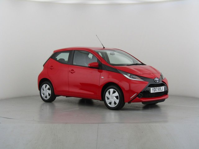 View our 2017 17 TOYOTA AYGO 1.0 VVT-I X-PLAY 5d 69 BHP