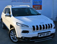 USED 2016 65 JEEP CHEROKEE 2.0 M-JET LIMITED 5d Family SUV Stunning in White with Great High Spec inc Sat Nav Heated Leather Seats DAB Digital Radio Bluetooth Mobile Handsfree and much more FULL SERVICE HISTORY + 1 FORMER KEEPER