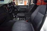 USED 2015 65 MITSUBISHI SHOGUN 3.2 DI-D SG2 5d AUTO 197 BHP