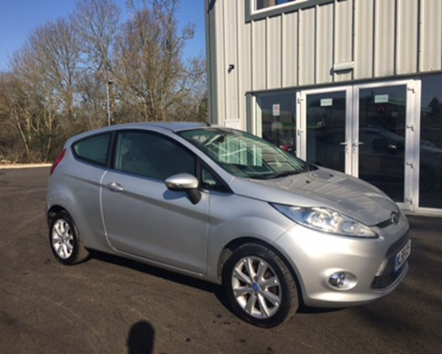 2009 59 FORD FIESTA 1.4 ZETEC AUTOMATIC 3dr
