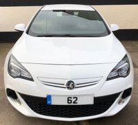 USED 2012 62 VAUXHALL ASTRA GTC VXR 2.0 3DR 280 BHP, AERO PACK, SAT NAV, HEATED LEATHER FULL SERVICE HISTORY, DAB & CRUISE CONTROL