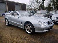 USED 2004 53 MERCEDES-BENZ SL 500 5.0 V8 302 BHP 2 Door Automatic Roadster In Silver With Panoramic Glass Convertible Roof